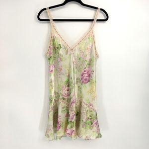Ocsar De Le Renta Vintage Lace Floral Slip